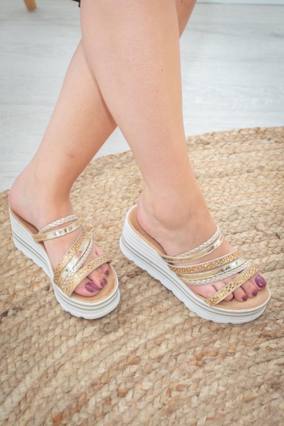 Sandales Dorées A Talon...